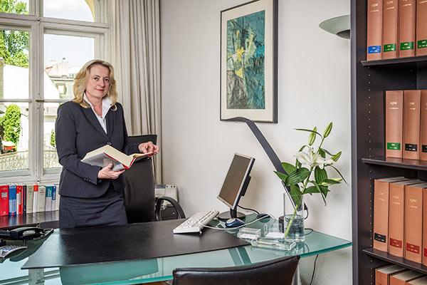 Brigitte Korner-Mann ist Fachanwältin für Familienrecht